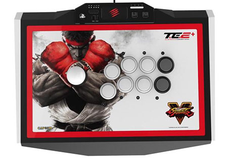 MadCatz T.E.2+ with SFV artwork